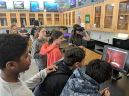 7th Graders Take a Field Trip in Virtual Reality